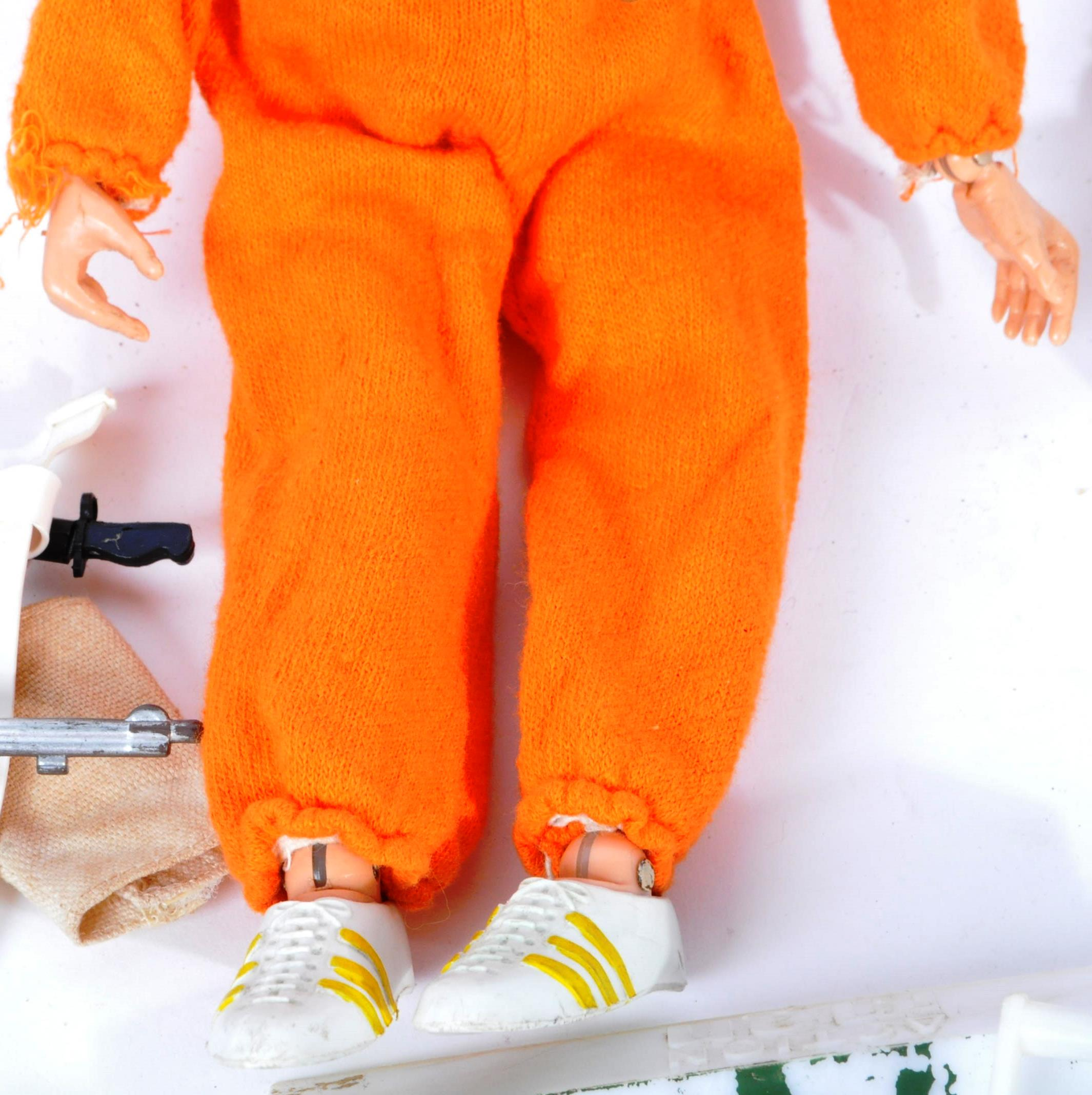 ACTION MAN - COLLECTION OF VINTAGE PALITOY UNIFORMS & FIGURE - Image 3 of 9