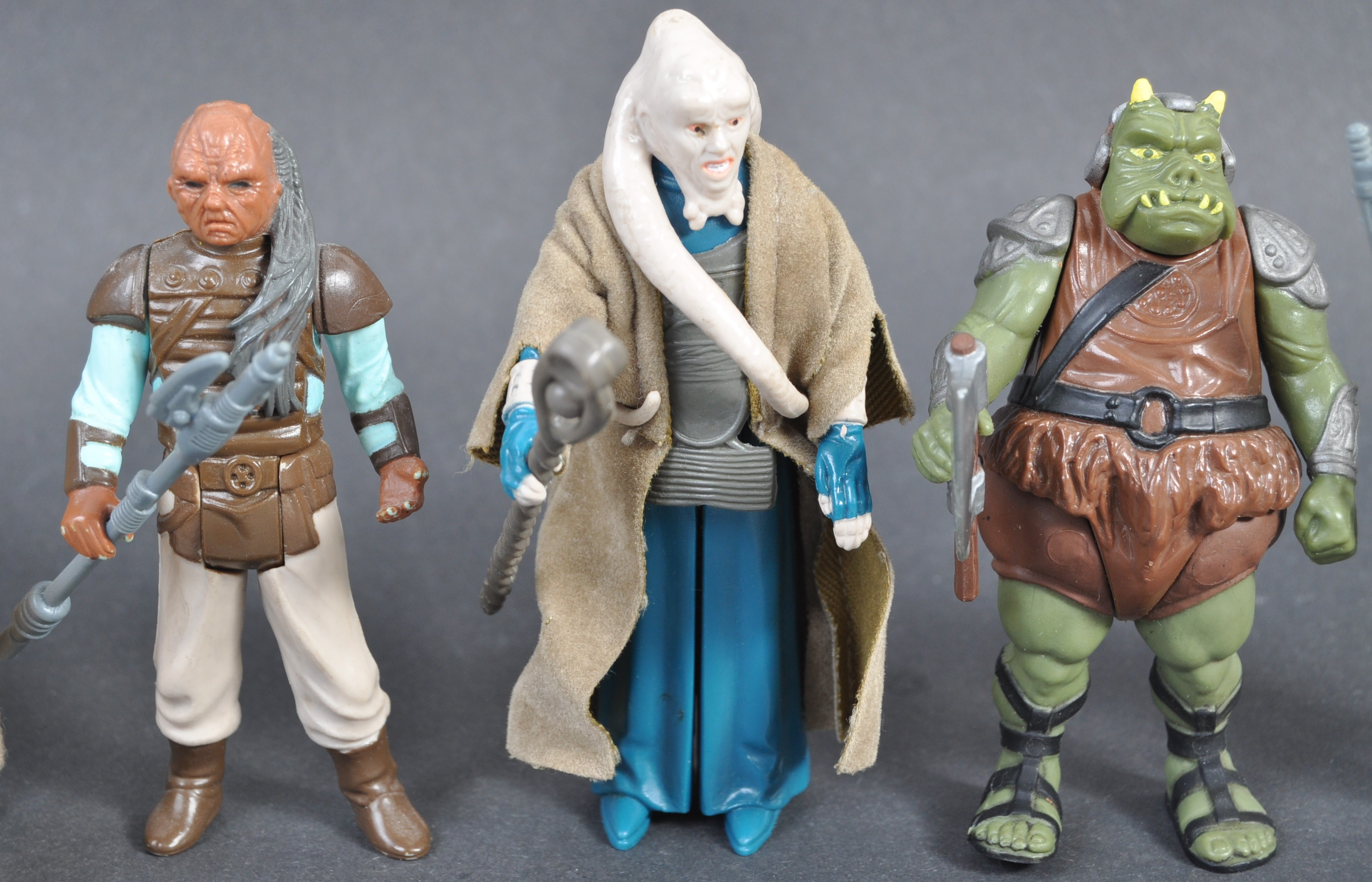 STAR WARS ACTION FIGURES - COLLECTION OF ASSORTED - Image 3 of 12