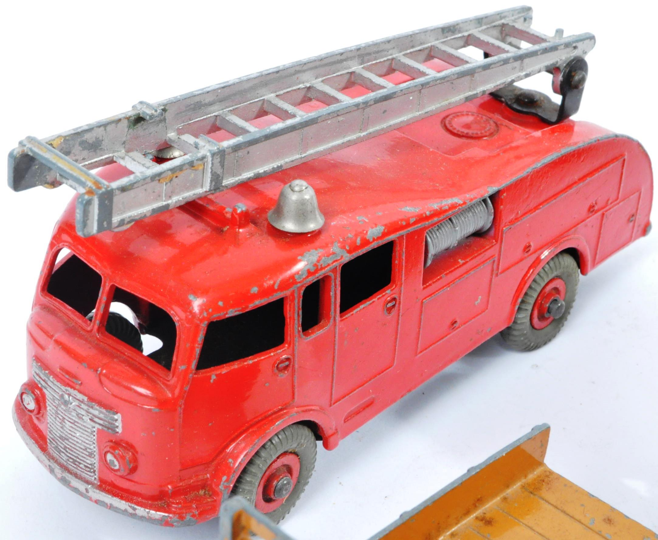 COLLECTION OF X10 VINTAGE DINKY TOYS DIECAST MODEL TRUCKS - Image 11 of 14