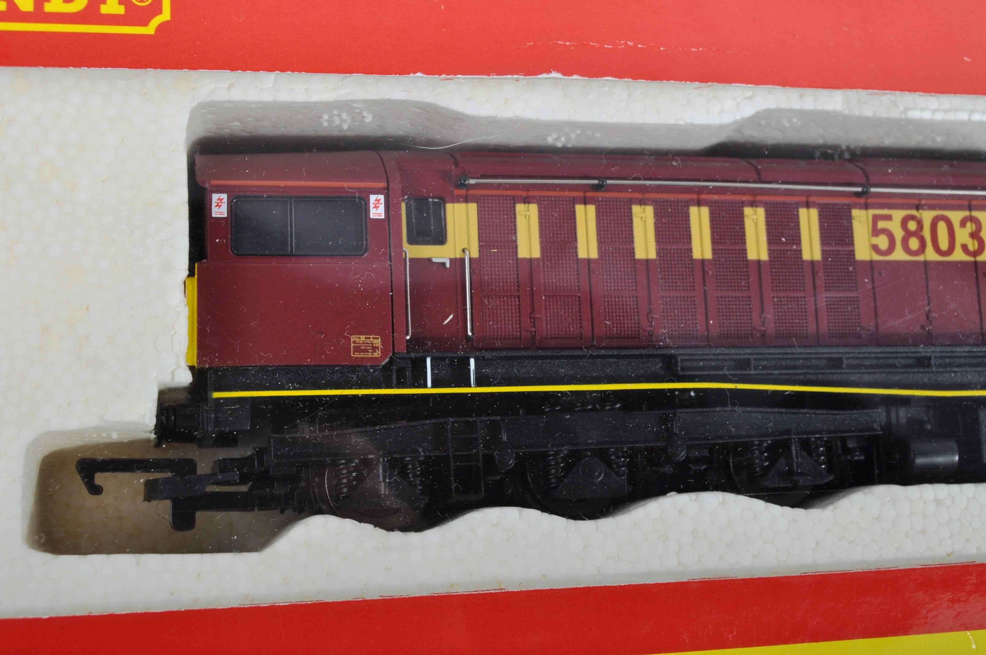 ORIGINAL HORNBY 00 GAUGE MODEL RAILWAY DIESEL ELECTRIC LOCO - Image 2 of 4