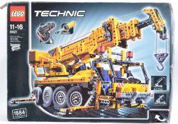 LEGO SET - LEGO TECHNIC - 8421 - MOBILE CRANE