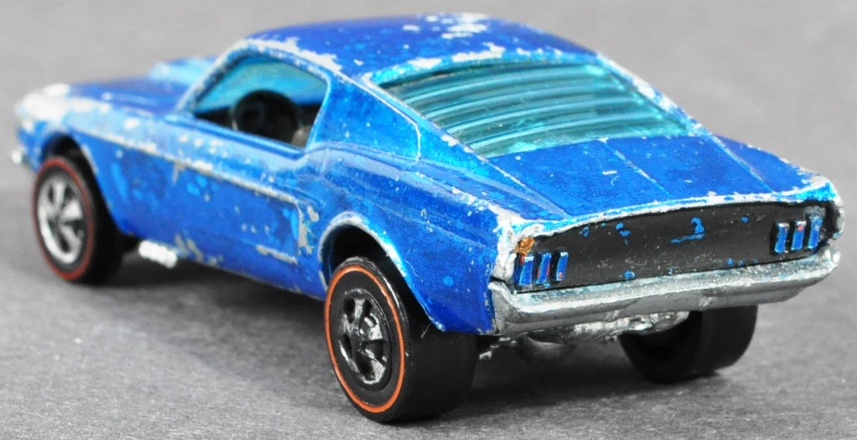 RARE HOT WHEELS CUSTOM MUSTANG WITH LOUVERED WINDOW - Image 4 of 5