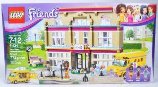 LEGO SET - LEGO FRIENDS - 41134 - HEARTLAKE PERFORMANCE SCHOOL