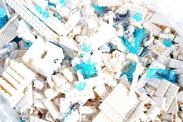 LEGO - LARGE QUANTITY OF BRAND NEW UNUSED LEGO