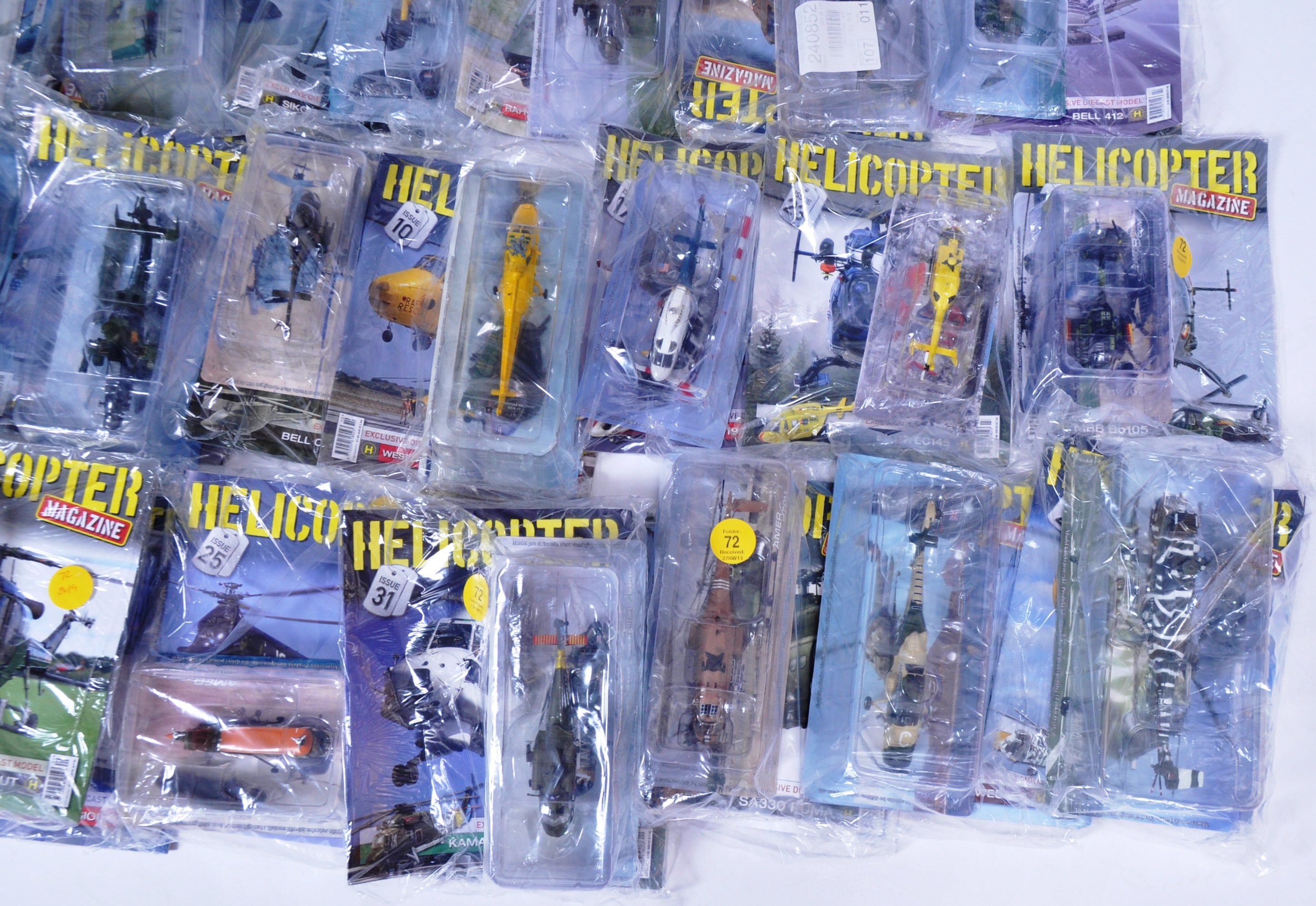 COLLECTION OF ASSORTED HELICOPTER DIECAST AND MAGAZINES - Image 4 of 8
