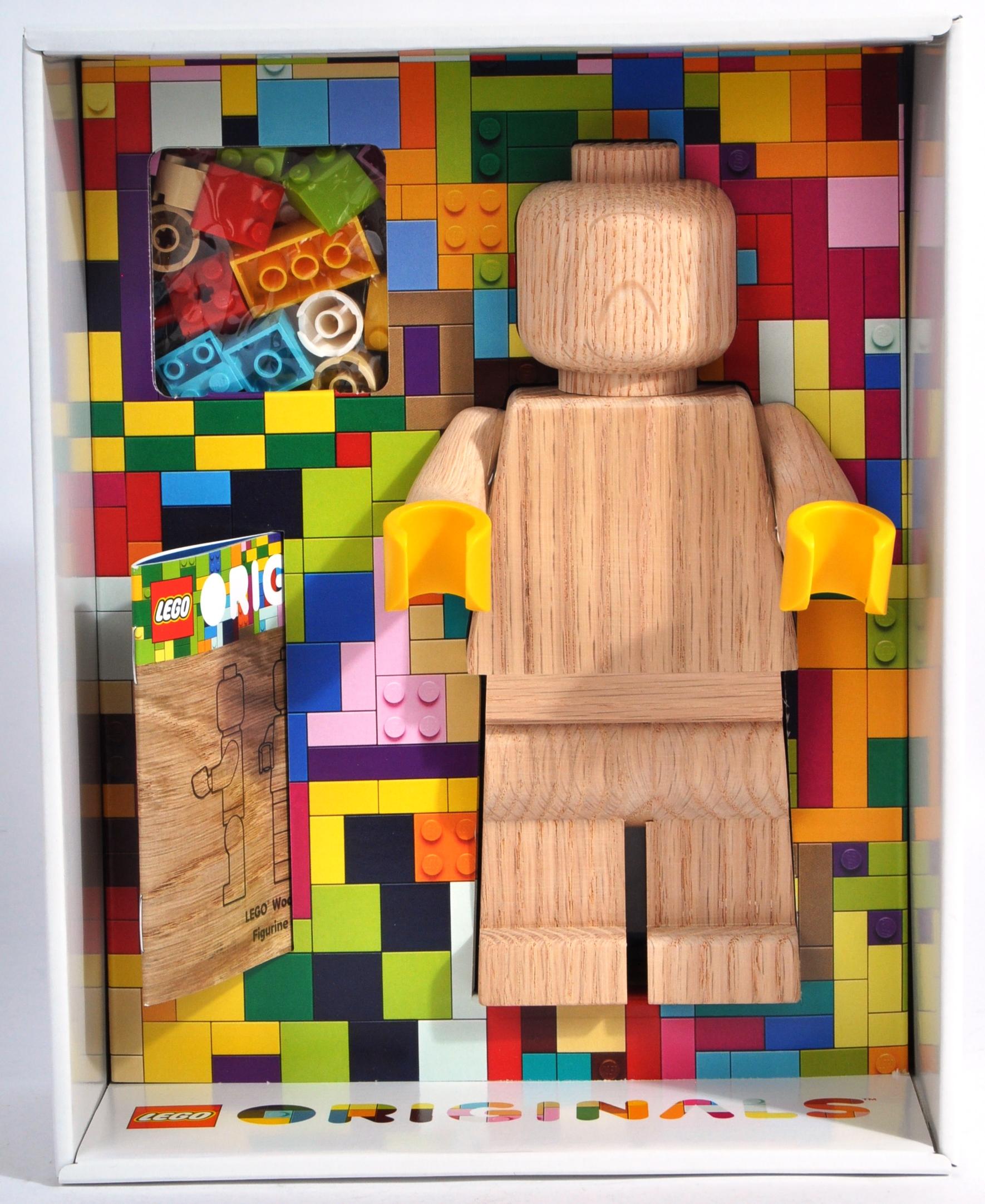 LEGO ORIGINALS - 853967 - WOODEN MINIFIGURE - Image 2 of 5