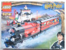 LEGO SET - LEGO HARRY POTTER - 4708 - HOGWARTS EXPRESS