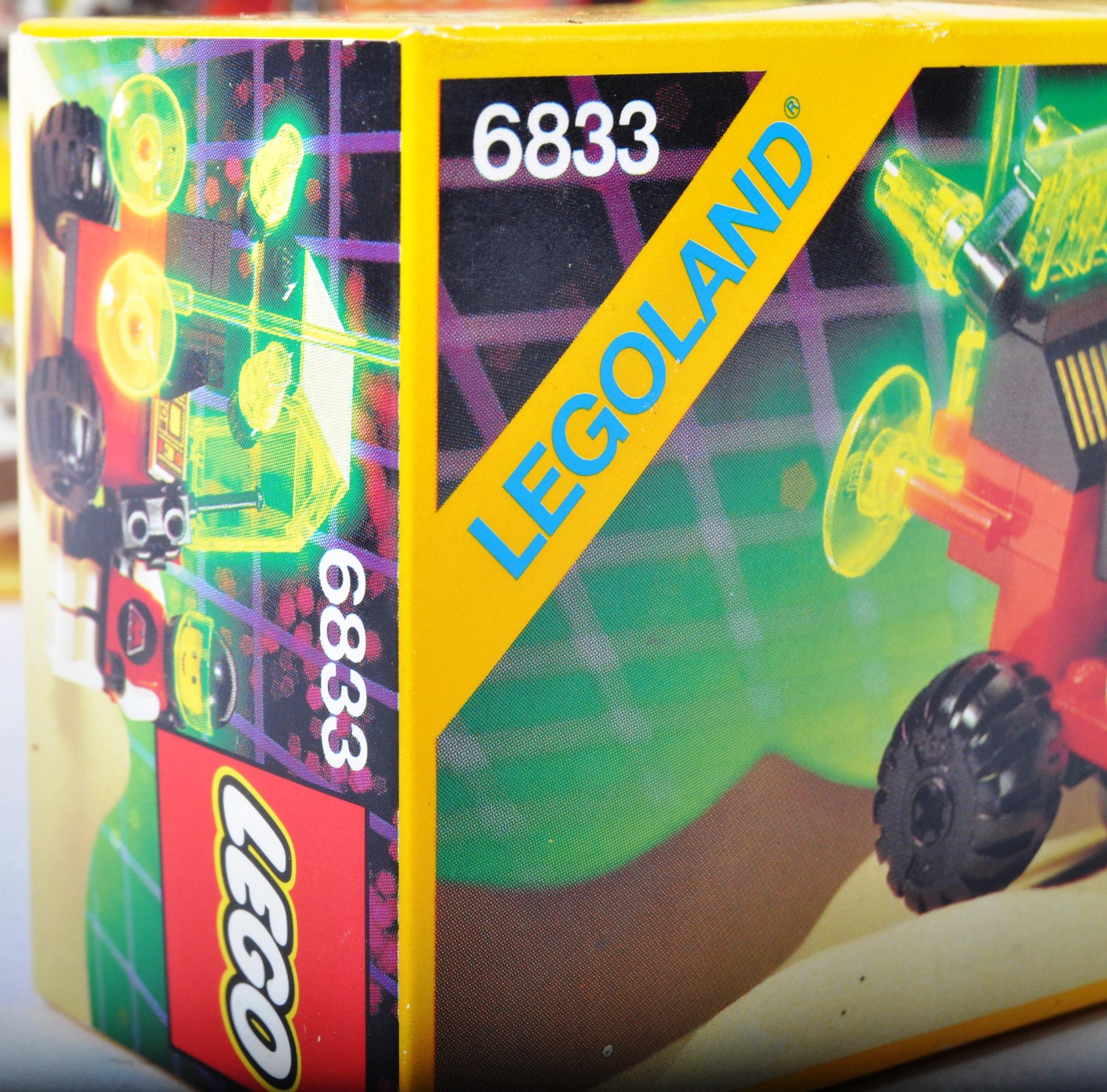 LEGO SETS - BLACKTRON - 6832 / 6833 / 6851 / 6878 / 6887 - Image 5 of 10