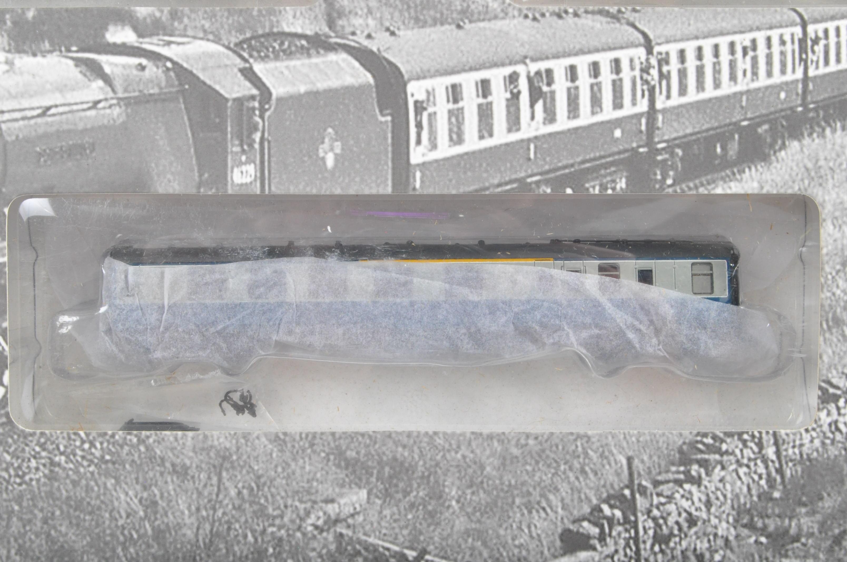 ORIGINAL BOXED GRAHAM FARISH CUMBRIAN MOUNTAIN EXPRESS TRAINSET - Image 7 of 9