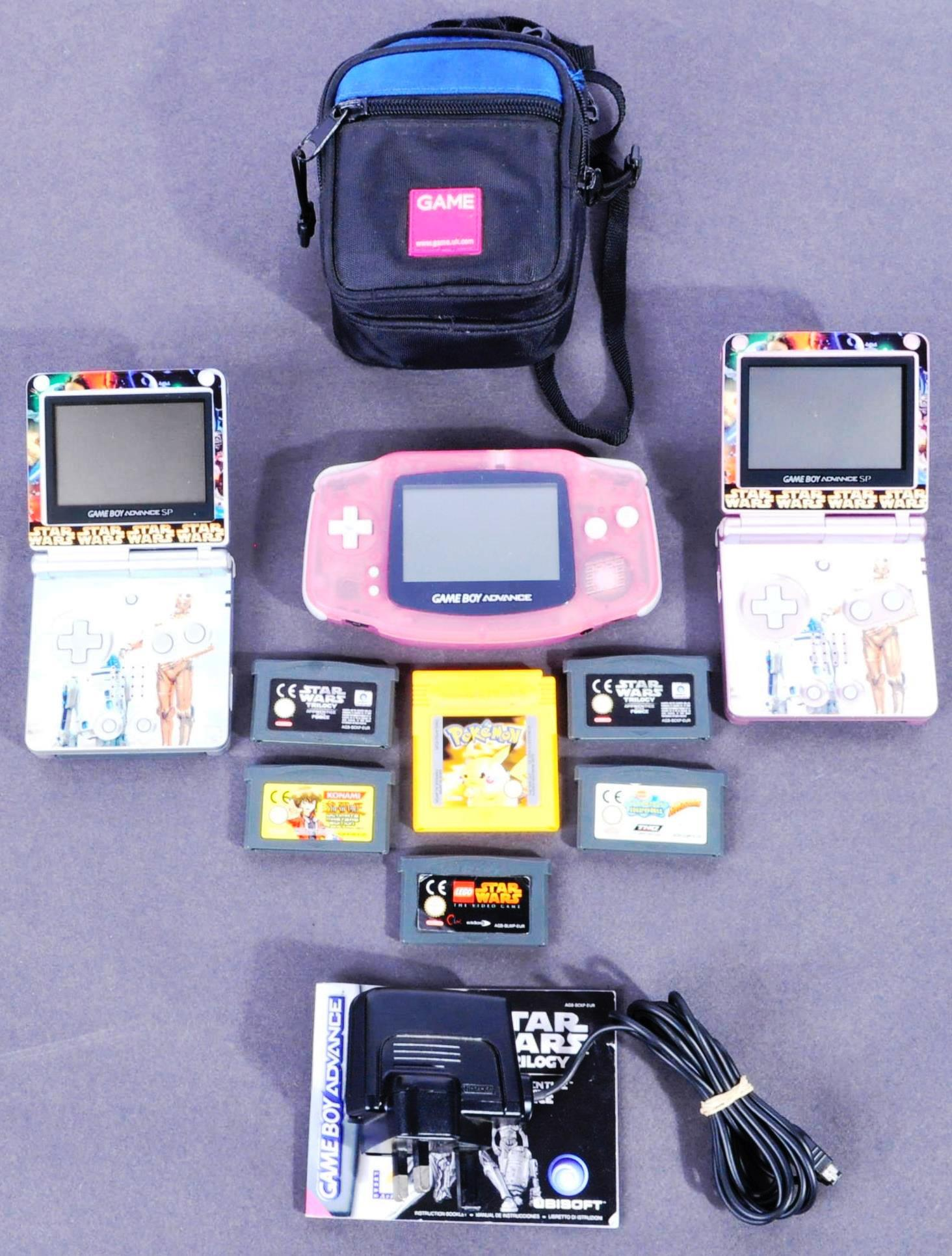 COLLECTION OF NINTENDO GAME BOYS AND GAMES