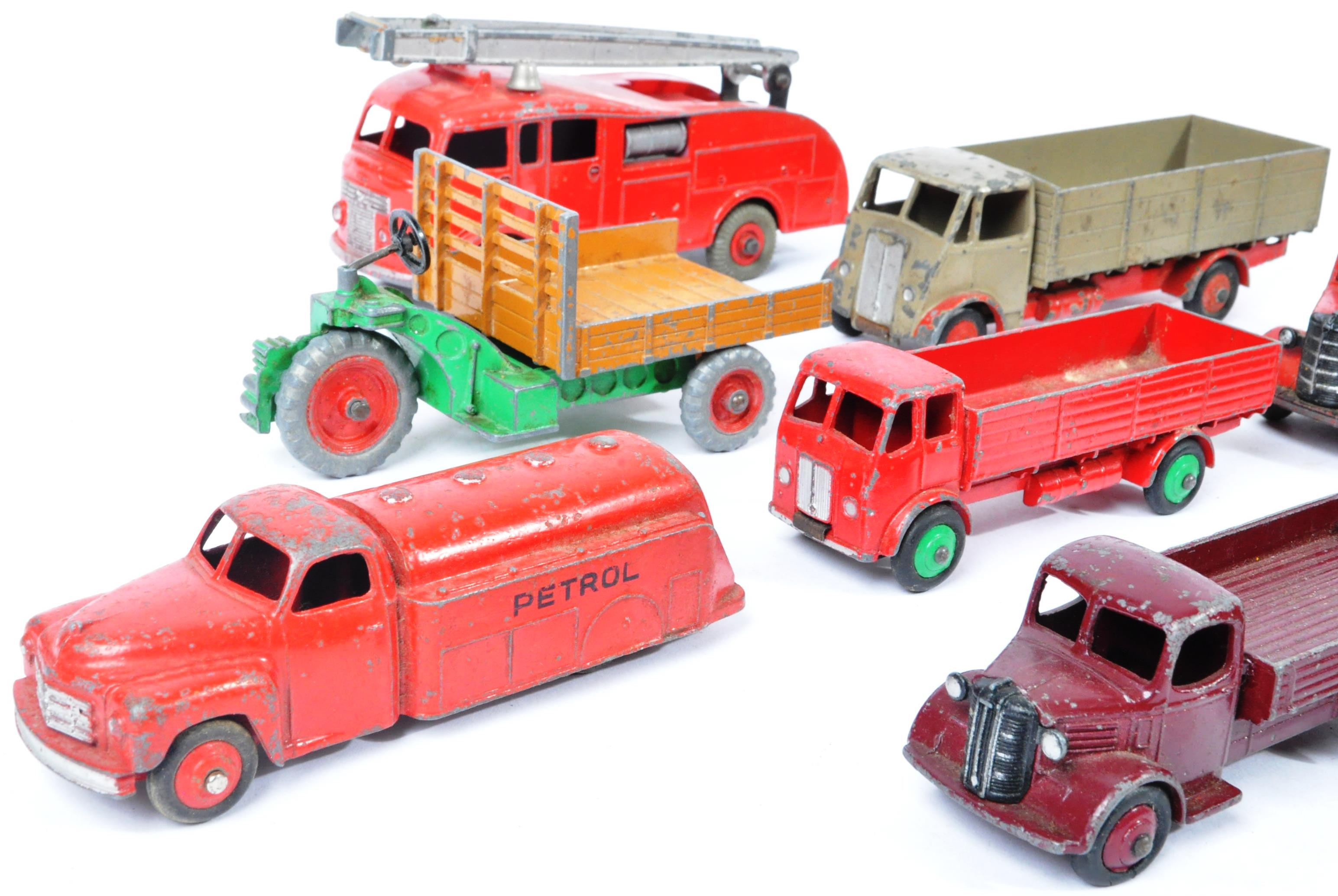 COLLECTION OF X10 VINTAGE DINKY TOYS DIECAST MODEL TRUCKS - Image 10 of 14
