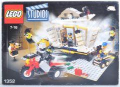 LEGO SET - LEGO STUDIOS - 1352 - EXPLOSION STUDIO