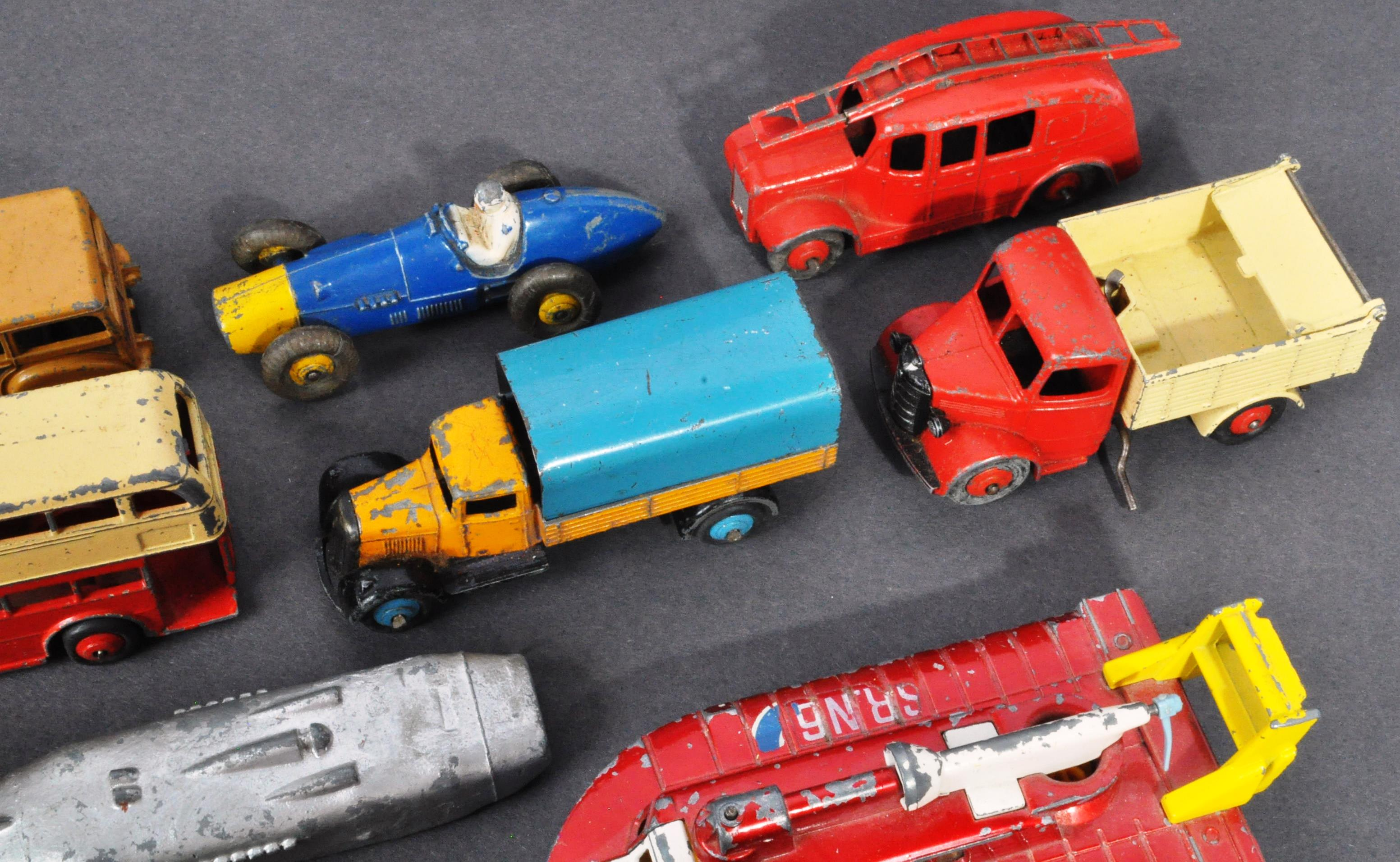 LARGE COLLECTION OF DINKY & OTHER DIECAST MODELS - Image 3 of 6