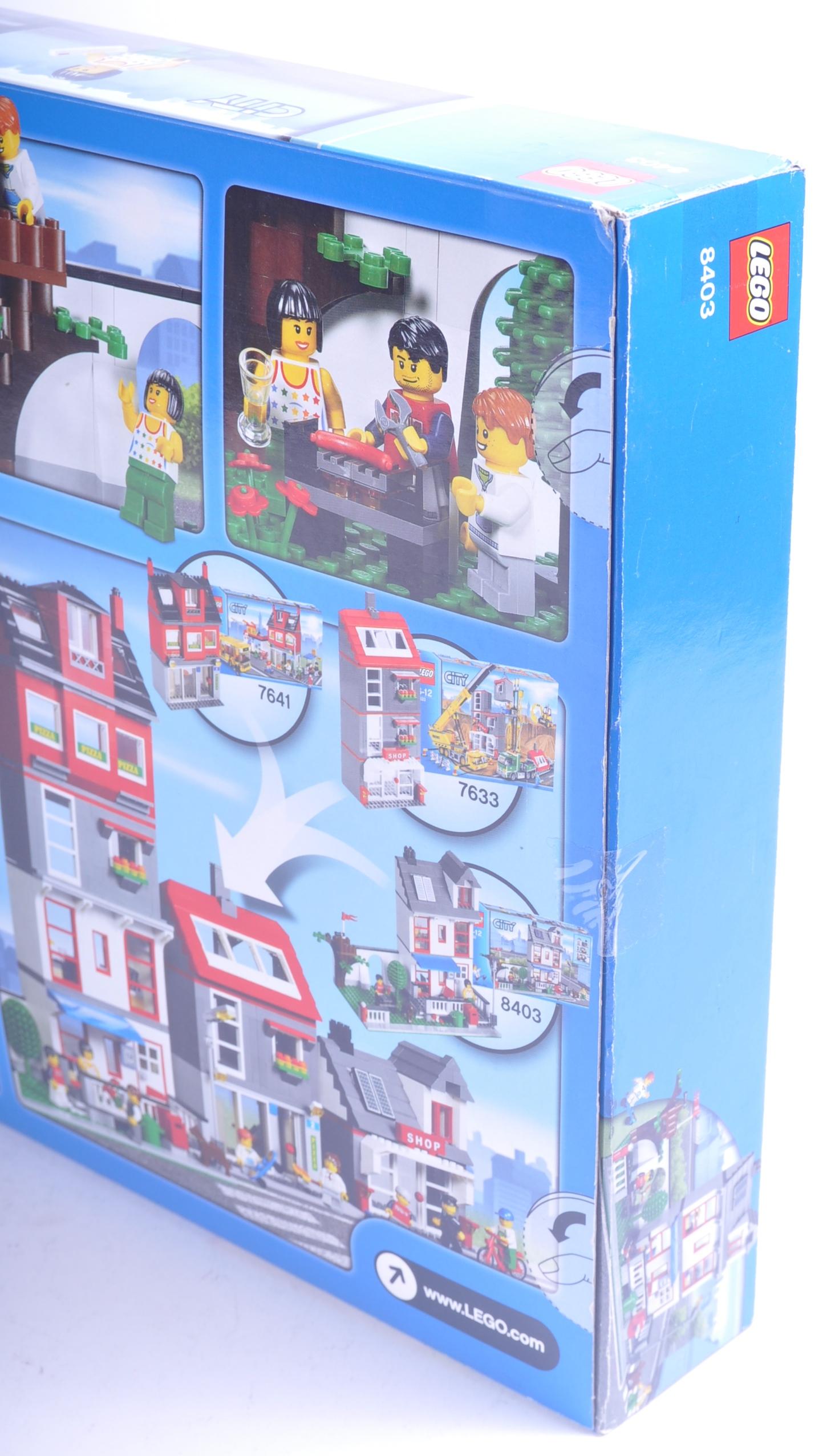 LEGO SET - LEGO CITY - 8403 - CITY HOUSE - Image 3 of 4