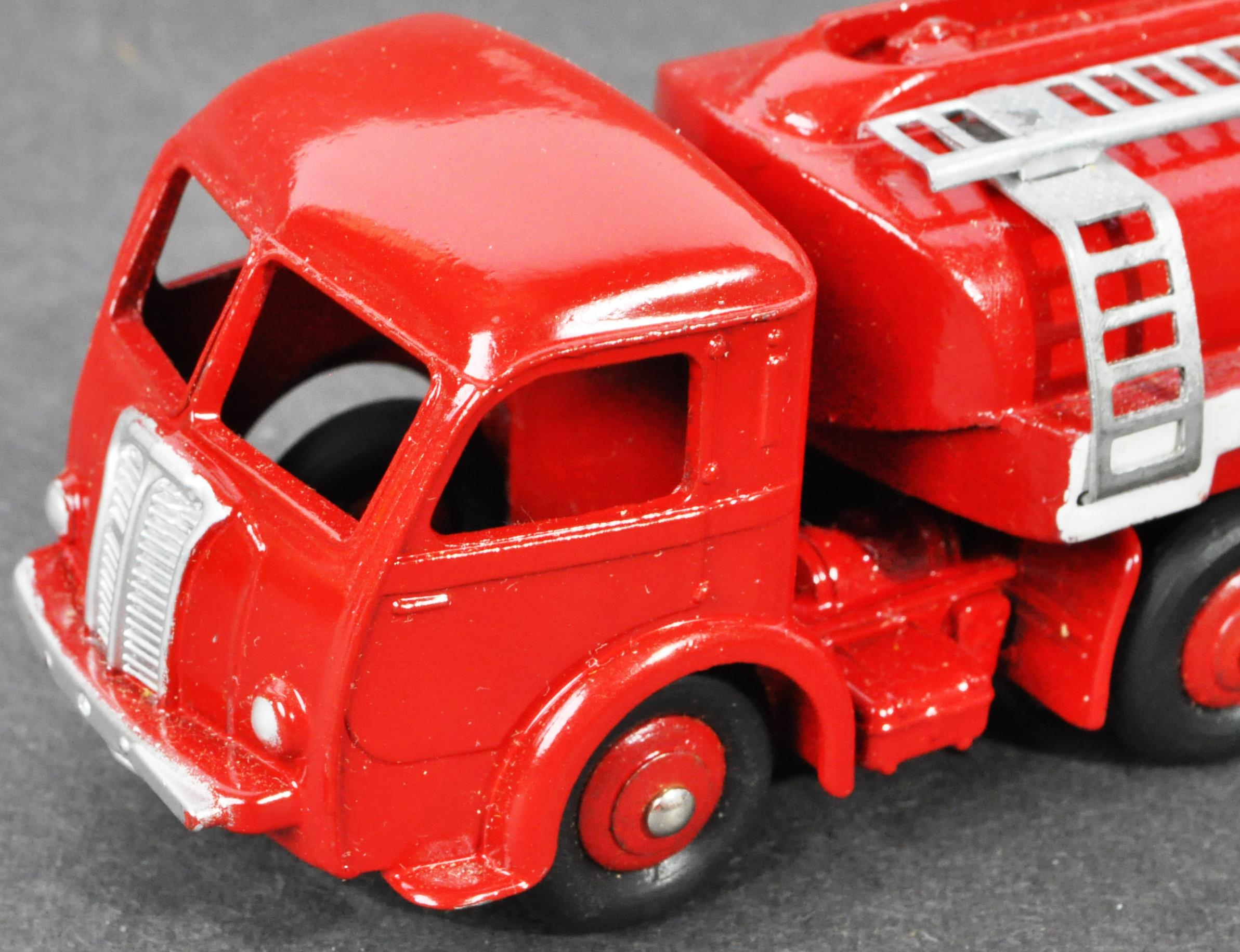 FRENCH DINKY TOYS - ORIGINAL BOXED VINTAGE DIECAST MODEL - Image 4 of 7