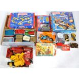 LARGE COLLECTION OF ASSORTED MECCANO PARTS & SETS