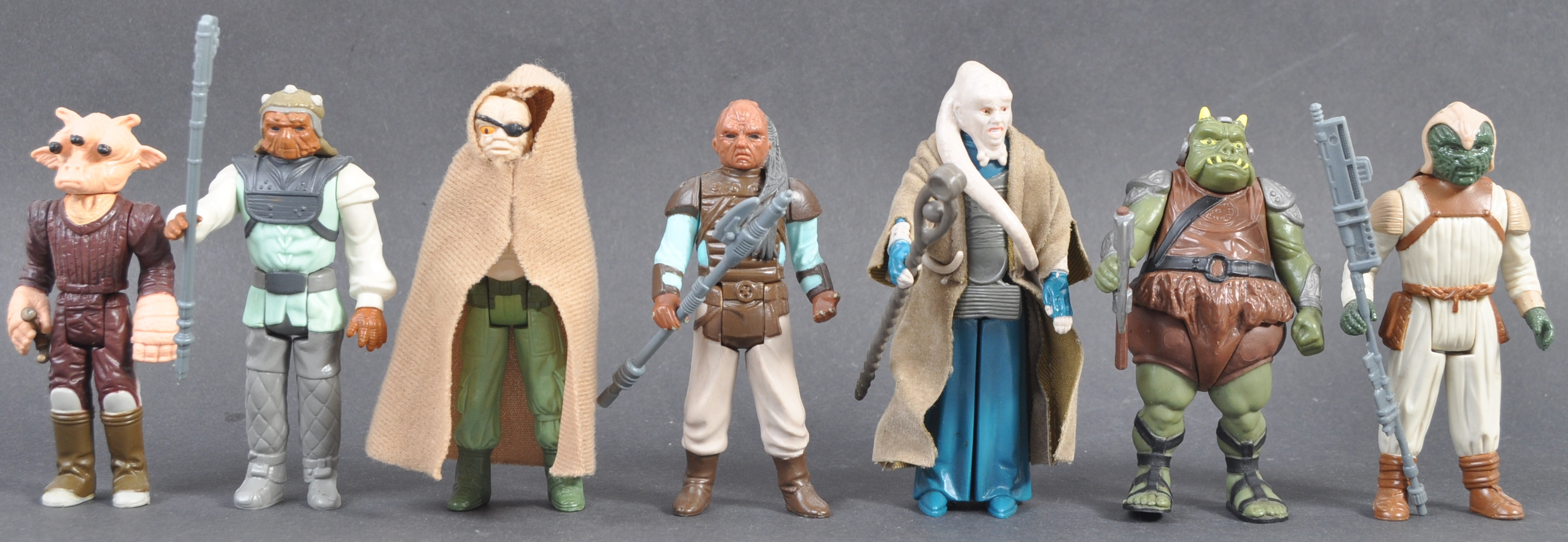 STAR WARS ACTION FIGURES - COLLECTION OF ASSORTED