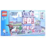 LEGO SET - LEGO CITY - 8403 - CITY HOUSE