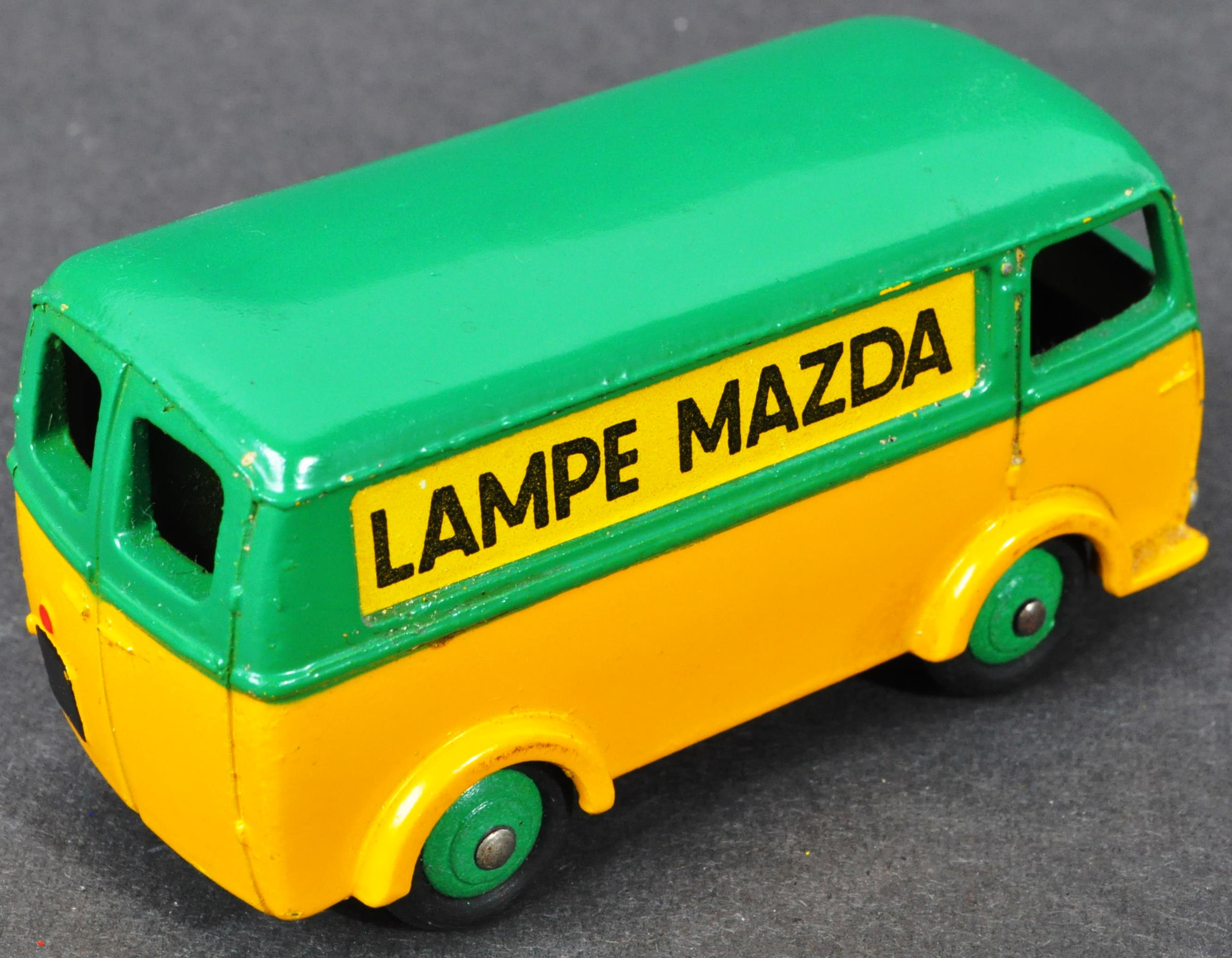 FRENCH DINKY TOYS - ORIGINAL BOXED VINTAGE DIECAST MODEL - Image 3 of 4