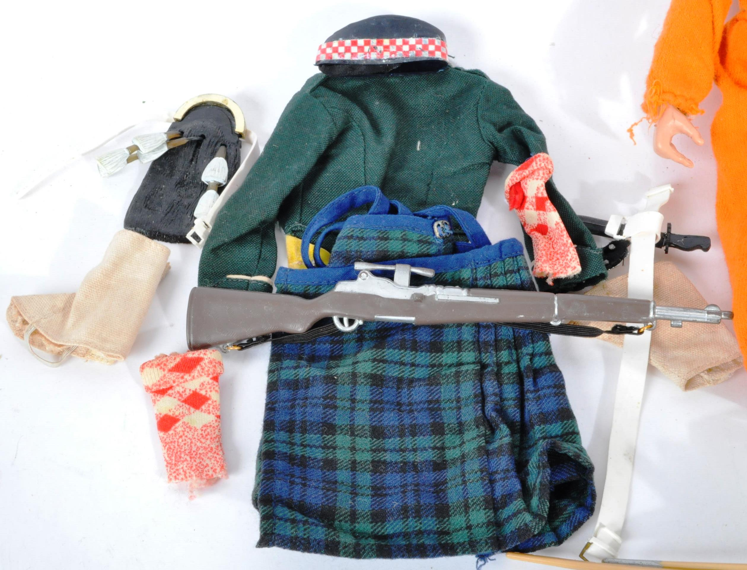 ACTION MAN - COLLECTION OF VINTAGE PALITOY UNIFORMS & FIGURE - Image 4 of 9