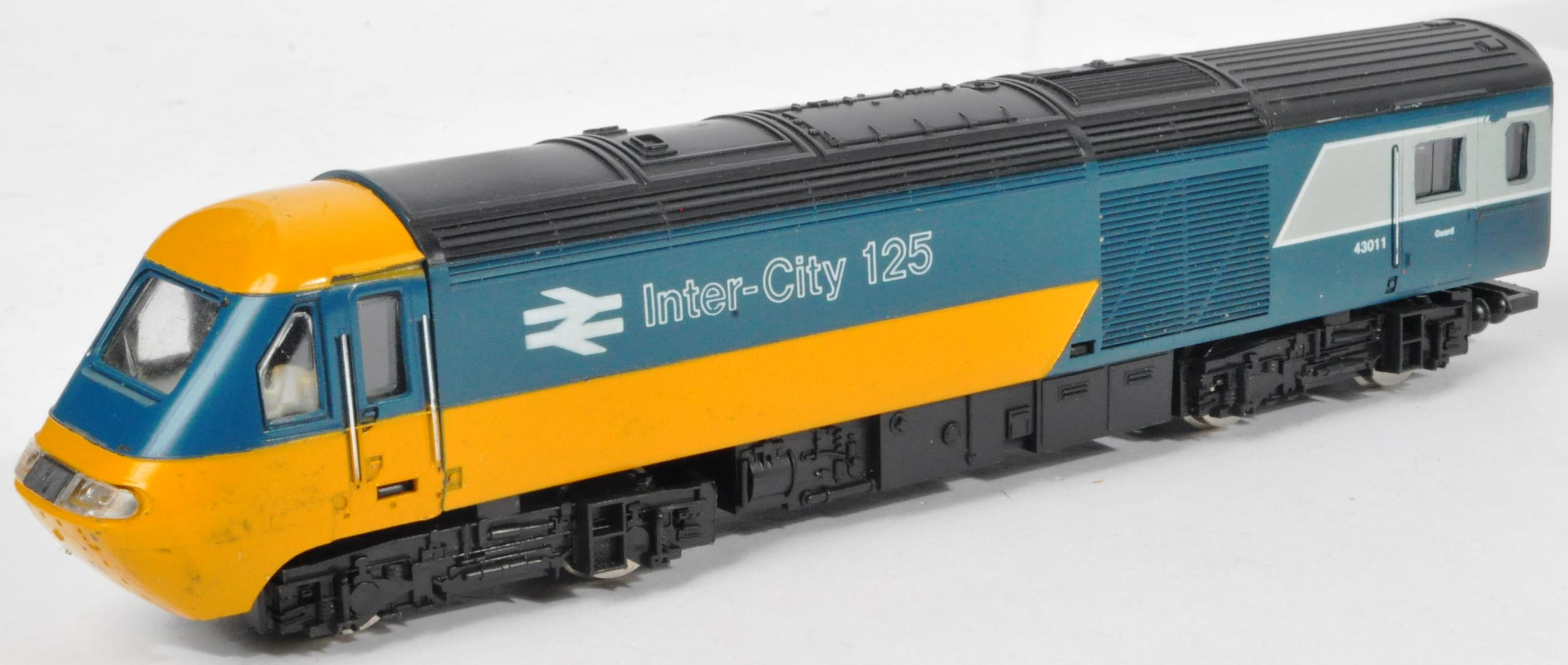 COLLECTION OF ASSORTED DIESEL 00 GAUGE TRAINSET LOCOMOTIVES & CARRIAGES - Image 3 of 10