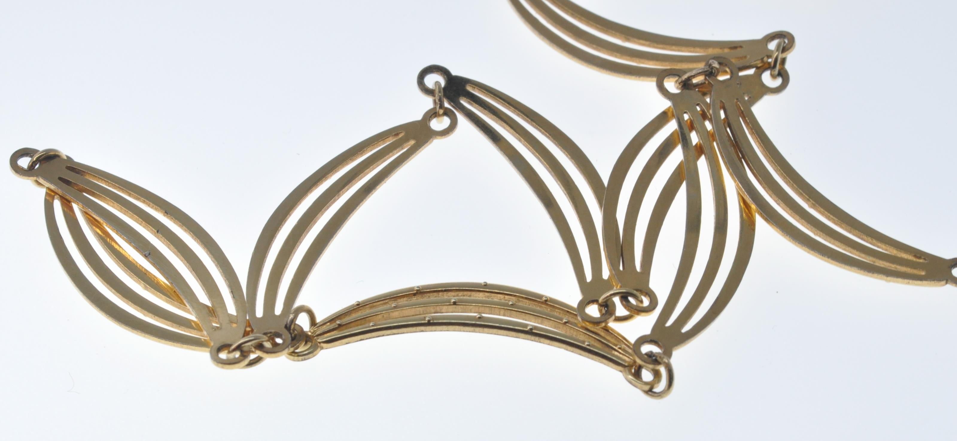 VINTAGE BANGLE AND NECKLACE - Image 9 of 9