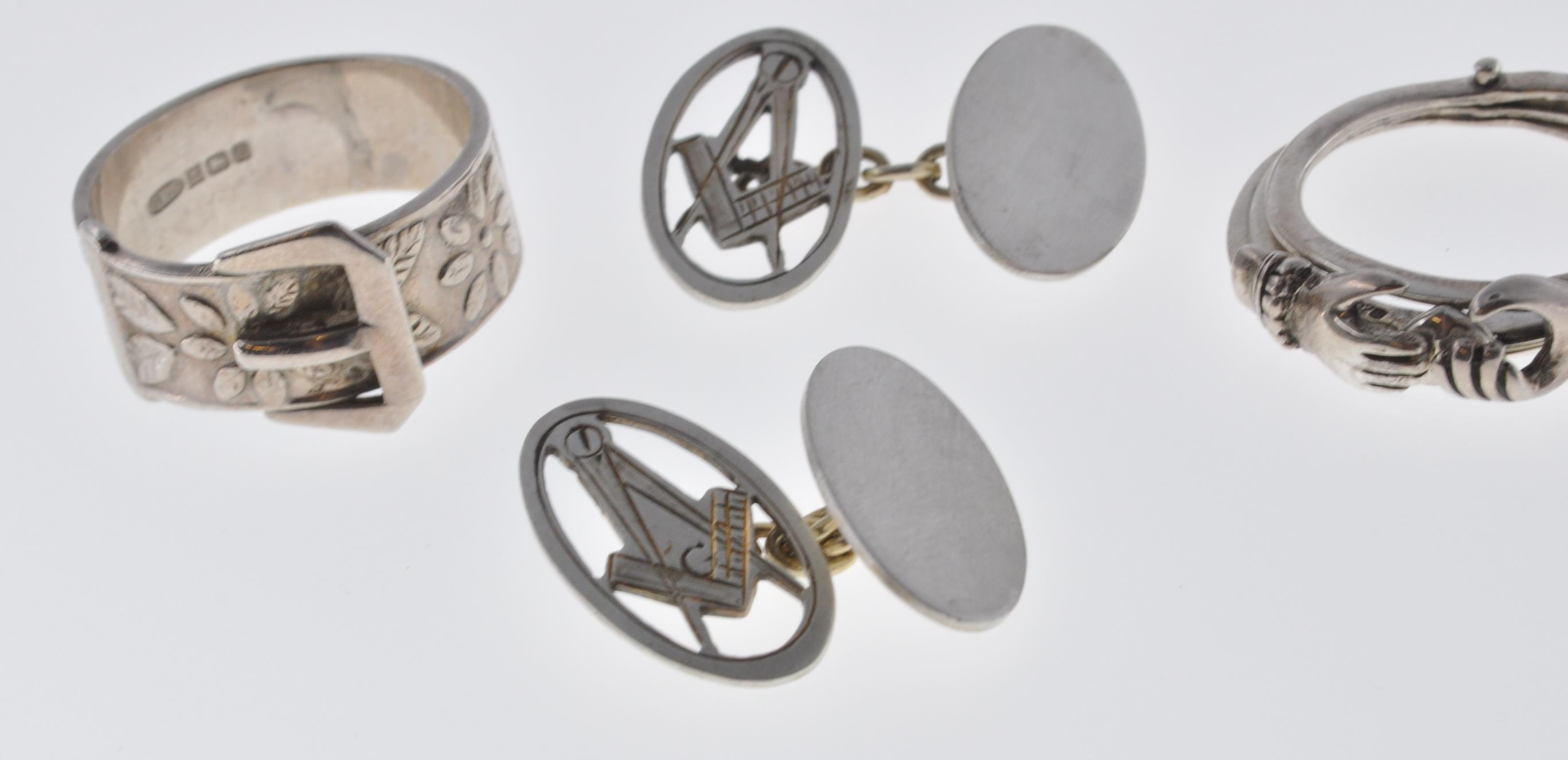 VINTAGE MASONIC CUFFLINKS AND TWO SILVER RINGS - Image 5 of 7