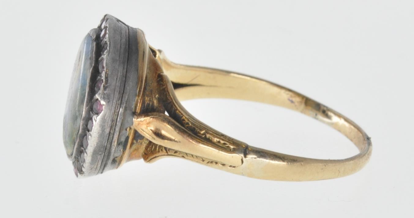 ANTIQUE MINIATURE PORTRAIT PANEL RING - Image 4 of 7