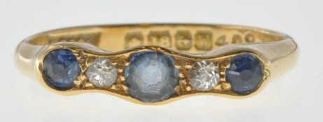 18CT GOLD SAPPHIRE AND DIAMOND FIVE STONE RING