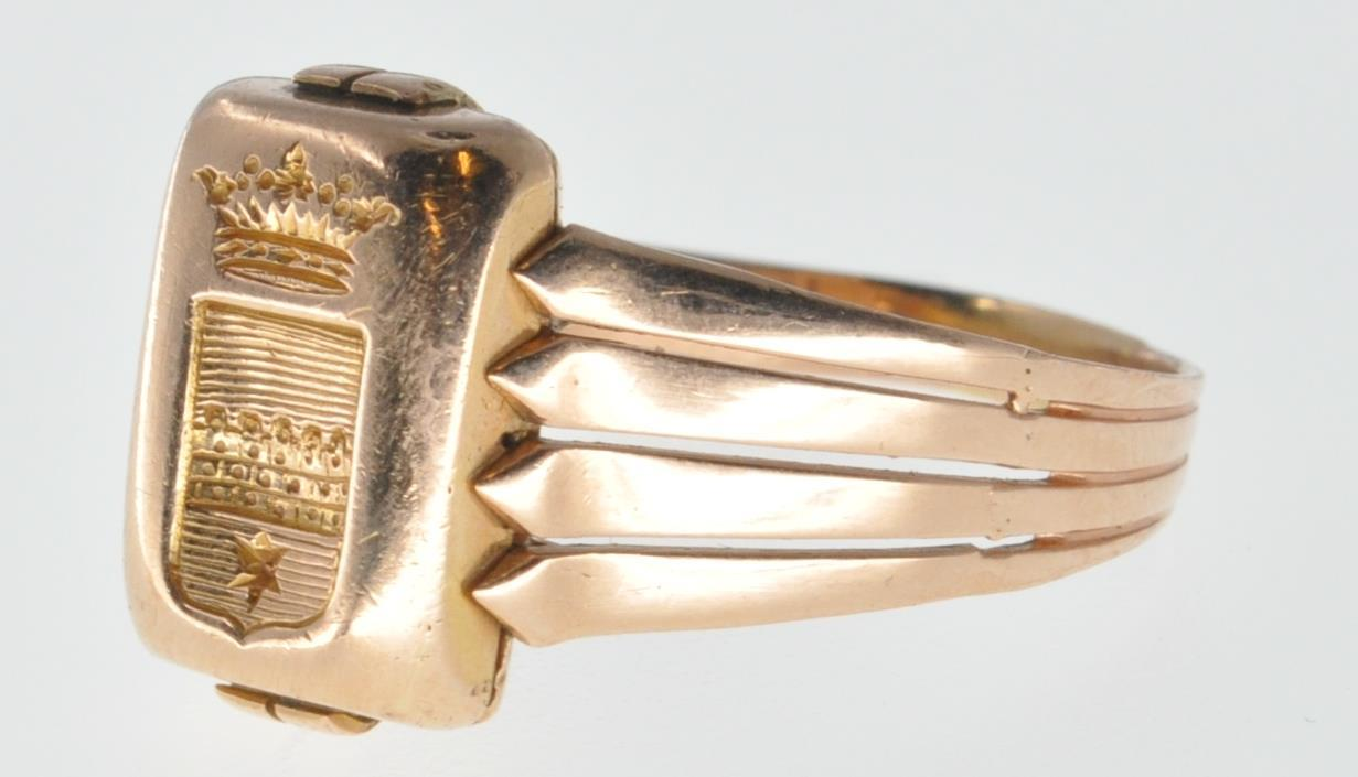 ANTIQUE FRENCH 18CT GOLD SIGNET RING - Image 2 of 6