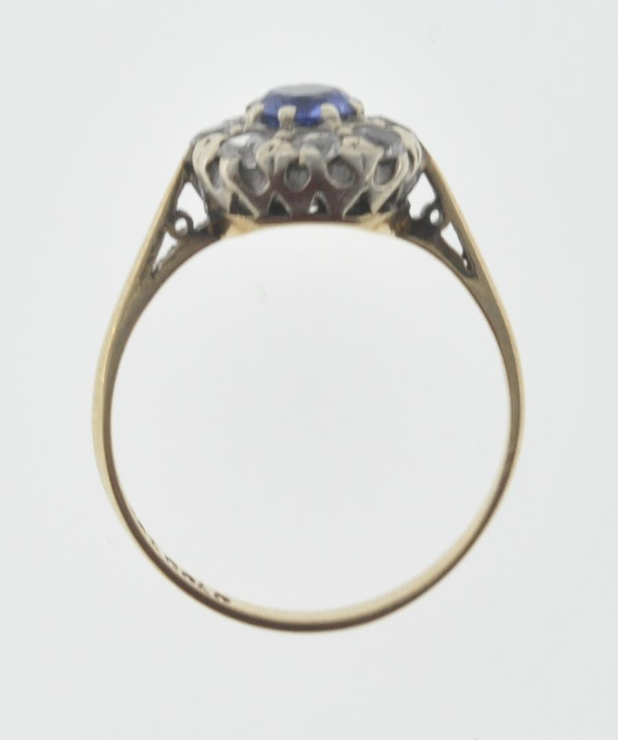 9CT GOLD BLUE AND WHITE STONE CUSTER RING - Image 6 of 6