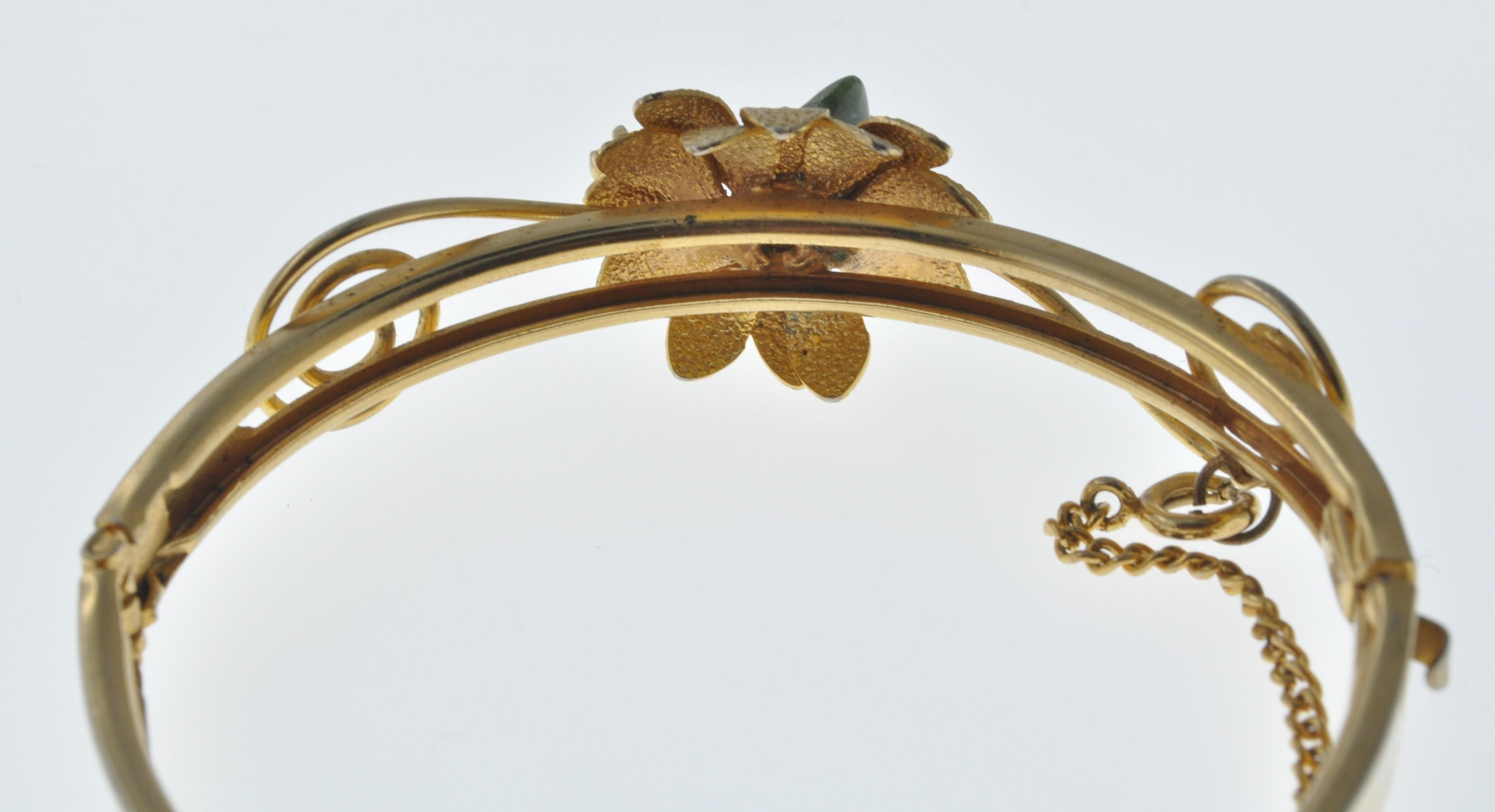 VINTAGE BANGLE AND NECKLACE - Image 3 of 9