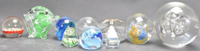 COLLECTION OF ART STUDIO GLASS PAPERWEIGHTS