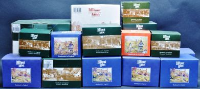 LARGE COLLECTION OF LILLIPUT LANE COTTAGES