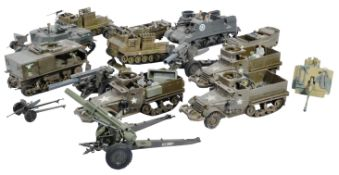 COLLECTION OF VINTAGE PLASTIC MODEL US ARMY TANKS