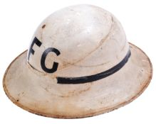 ORIGINAL WWII CIVIL DEFENCE ' FIRE GUARD ' HELMET
