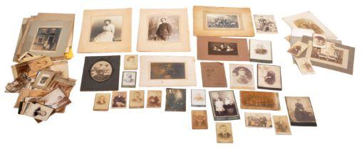 VICTORIAN 19TH CENTURY CARTE DE VISITES & CABINET PHOTOGRAPHS