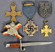 WWII SECOND WORLD WAR GERMAN MEDALS & OTHER ITEMS