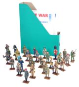 LARGE COLLECTION OF ASSORTED WORLD WAR SOLDIER FIGURES