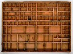 EARLY 20TH CENTURY VINTAGE WOODEN PRINTERS BLOCK TRAY