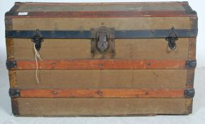 1930'S CANVAS COVERED SHIPPING TRUNK