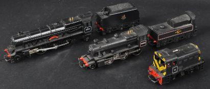 COLLECTION OF 00 GAUGE MODEL RAILWAY TRAIN SET LOCOMOTIVES