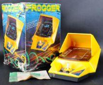 ORIGINAL VINTAGE KONAMI MADE TABLE TOP ELECTRONIC ' FROGGER ' GAME