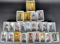 LARGE COLLECTION OF ASSORTED MARVEL COMICS FIGURINES