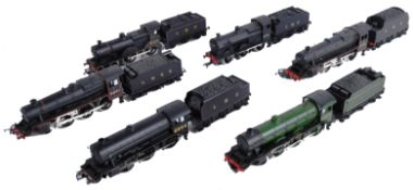 COLLECTION OF ASSORTED 00 GAUGE MODEL RAILWAY LOCOMOTIVES