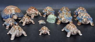 COLLECTION OF WADE WHIMSY CERAMIC TORTOISES