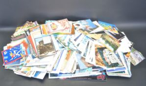 LARGE COLLECTION OF VINTAGE LATE 20TH CENTURY POSTCARDS
