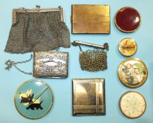 A 1950's painted powder compact decorated with Scottish terriers, a white metal chain purse and