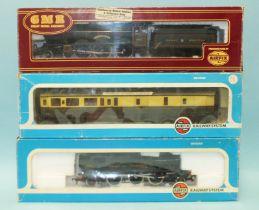 "Airfix OO gauge, 54124-2 Castle Class GWR 4-6-0 locomotive RN4073 ""Caerphilly Castle""; 54150-1 GWR"