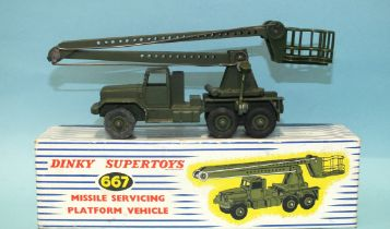 Dinky Supertoys, 667 Missile Servicing Platform Vehicle, (boxed with one piece of card inner